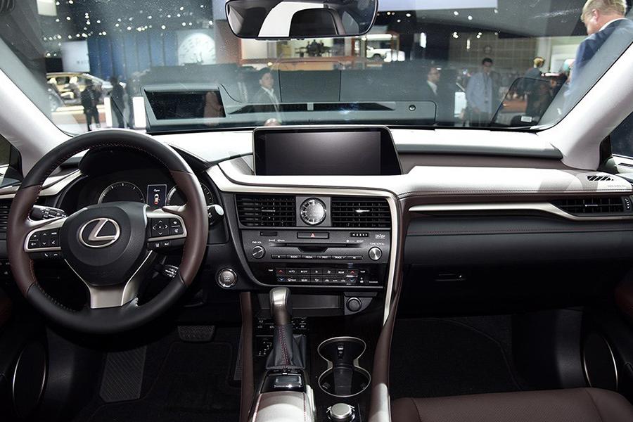 雷克萨斯RX L即将在华销售 车身加长/搭混动系统