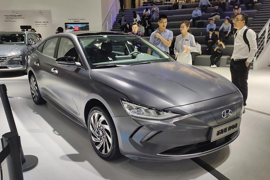 EV晚知道 | ARCFOX首款高端新车型明年底下线