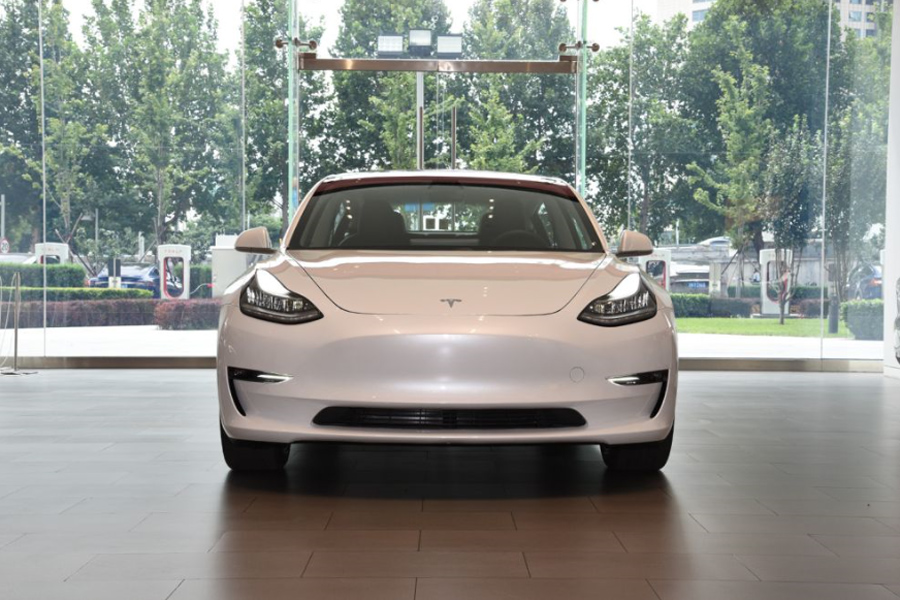 EV晚知道 | 国内首批Model 3明日在京交付