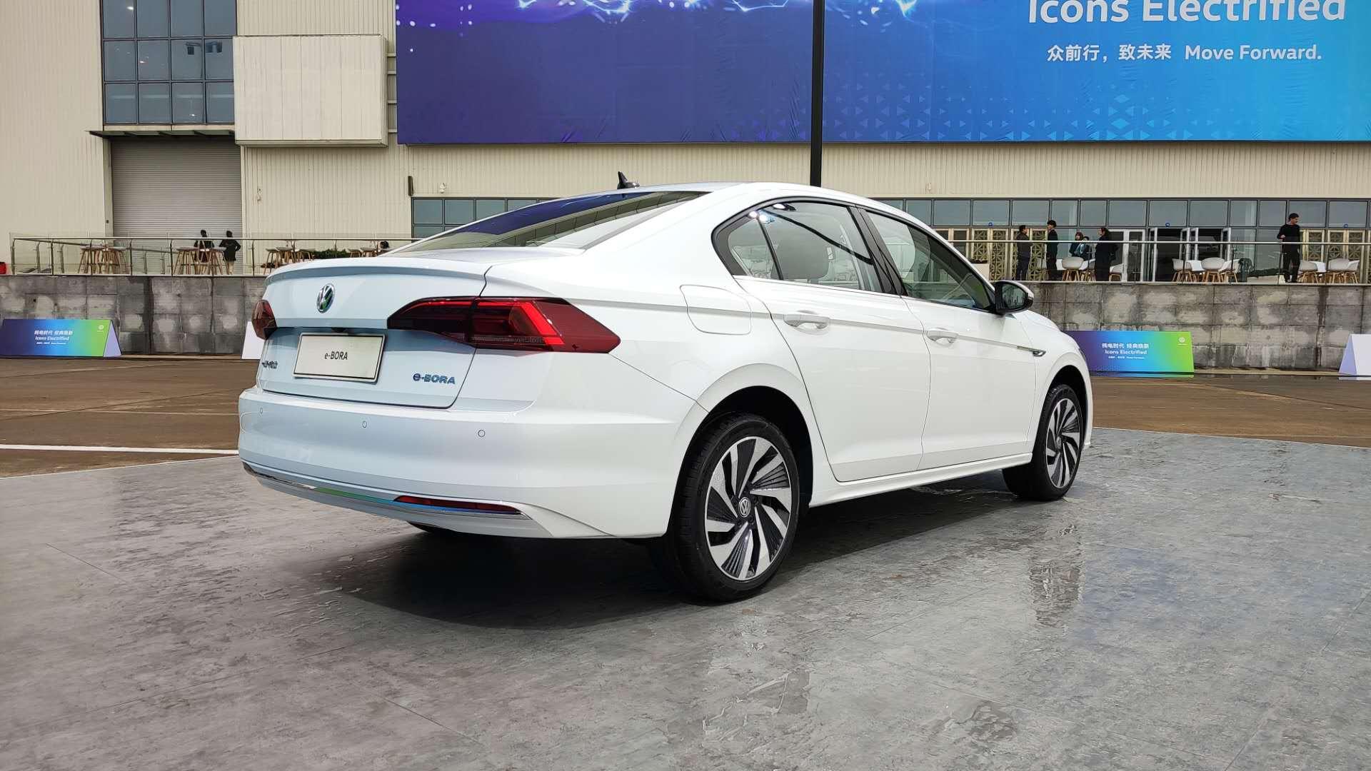 迈进新能源时代 大众5款纯电动车型齐亮相