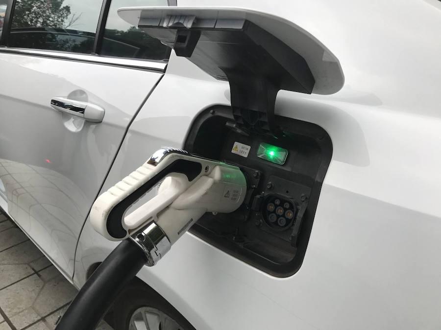 提前5年 英國計劃2035年實現在售新車全面電動化